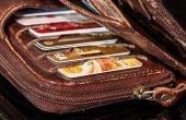 Районен съд – Варна постанови осъдителна присъда за 31-годишна жена, откраднала портмоне от банка