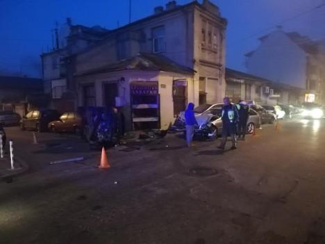 Пиян млад шофьор помете три автомобила тази сутрин във Варна (снимки)