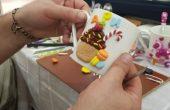 Във варненска работилница изработват весели лъжички, чаши, бижута (снимки)