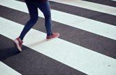 Шофьорка помете жена на пешеходна пътека във Варна