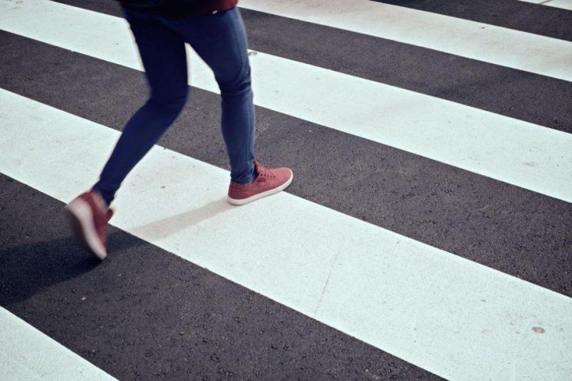 Автомобил помете две жени във Варна