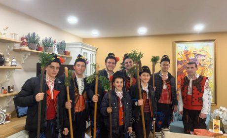 Коледари възвестиха раждането на Спасителя в Девненско