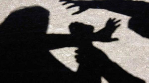 24 – годишен нападна и обра жена край Варна