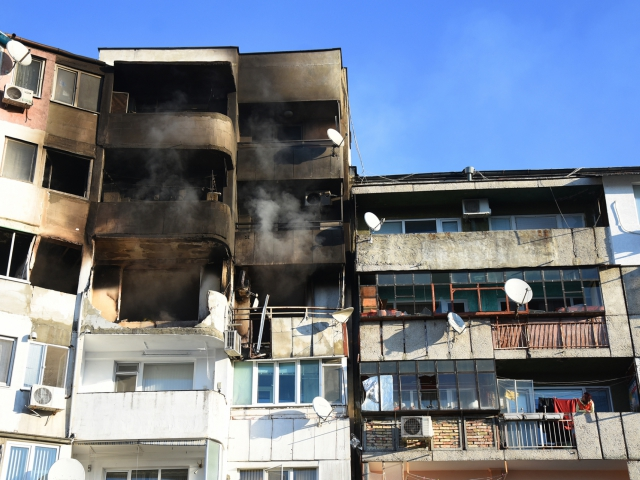 Семейства напускат взривения във Владиславово блок завинаги
