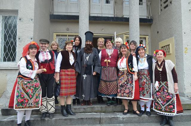 В Девня днес е голям празник – Бабинден по стар стил