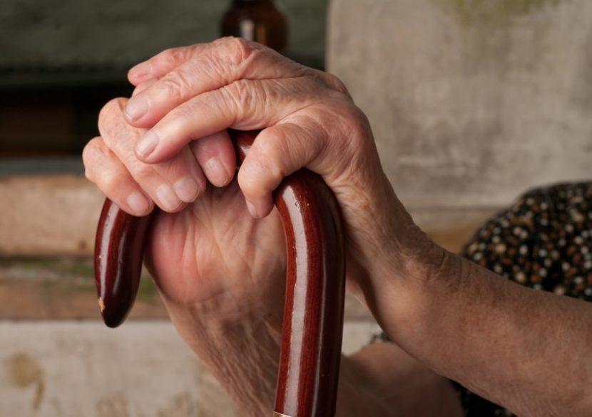 Баба нокаутира съпруга си