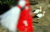 Деца ще правят мартенички за животните в зоопарка