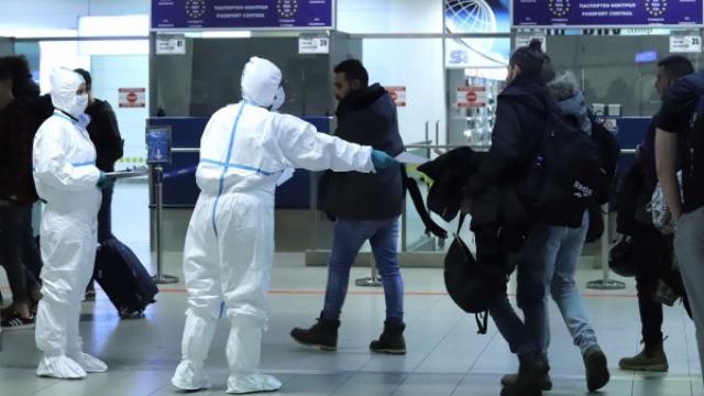 """Пътник от Китай, кацнал на летище """"Варна"""", под наблюдение в Терапията"""