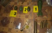 Откриха боен арсенал във вила край Варна (снимки)