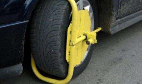 """Свалянето на """"скоба"""" от колата във Варна излиза 6 пъти по-солено от глобата"""