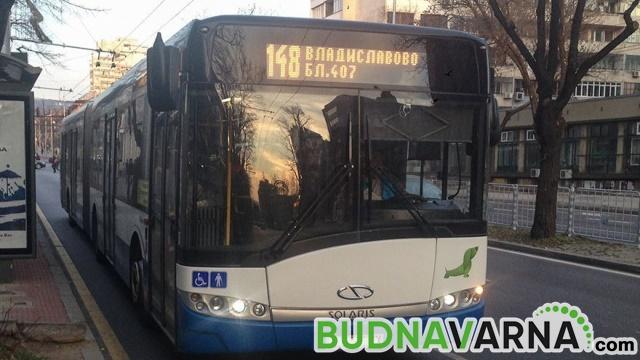 Възрастен мъж пострада в автобус от градския транспорт във Варна