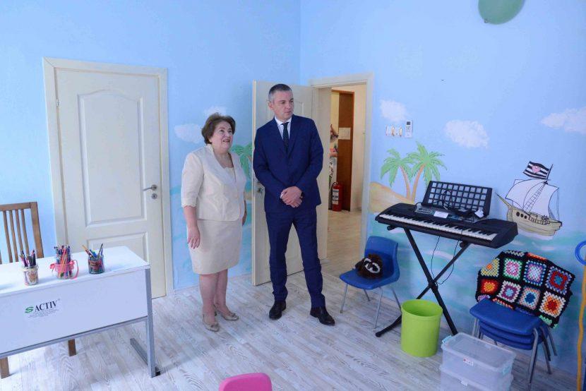 Откриха Център за деца с аутизъм във Варна (снимки)
