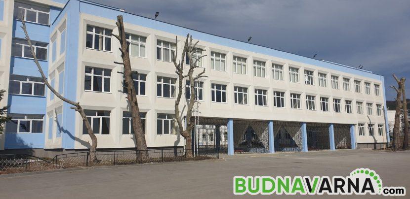 Забрана за екскурзии, бяло и зелено училище до края на учебната година във Варна