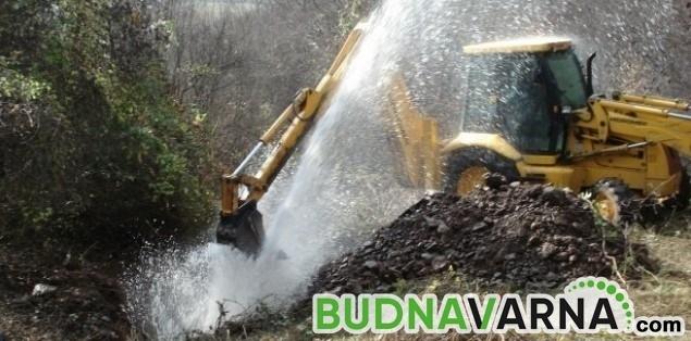Половин Варна остава без вода днес