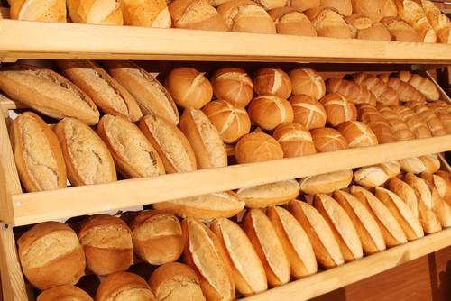 Варненска майка: за какво си купувате по 60 хляба, стойте си по домовете!