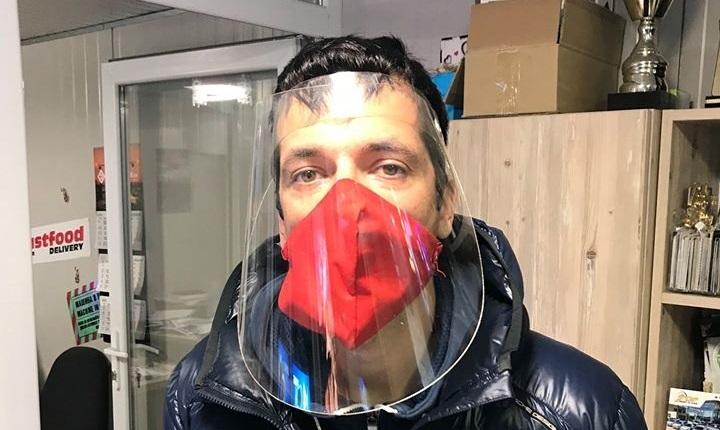 Фирми от Варна произвеждат предпазни шлемове и маски