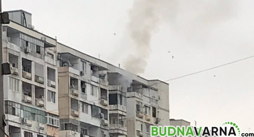 Апартамент гори в Кайсиева (снимки)
