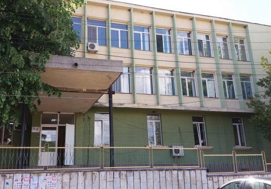 Депутатът от НФСБ Валентин Касабов дари 100 предпазни шлема на болницата в Провадия