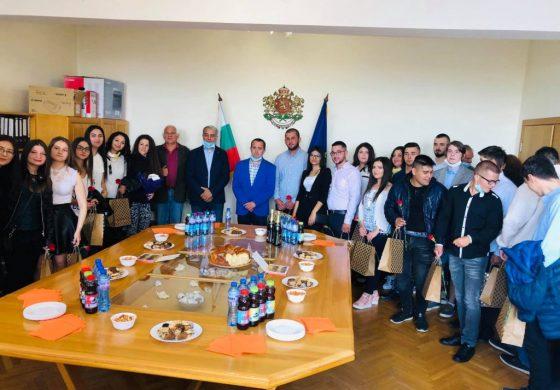 Кметът на Суворово пожела успешен старт в живота на абитуриентите
