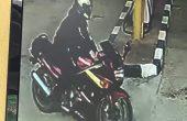 Моторист зарежда с фалшиви банкноти