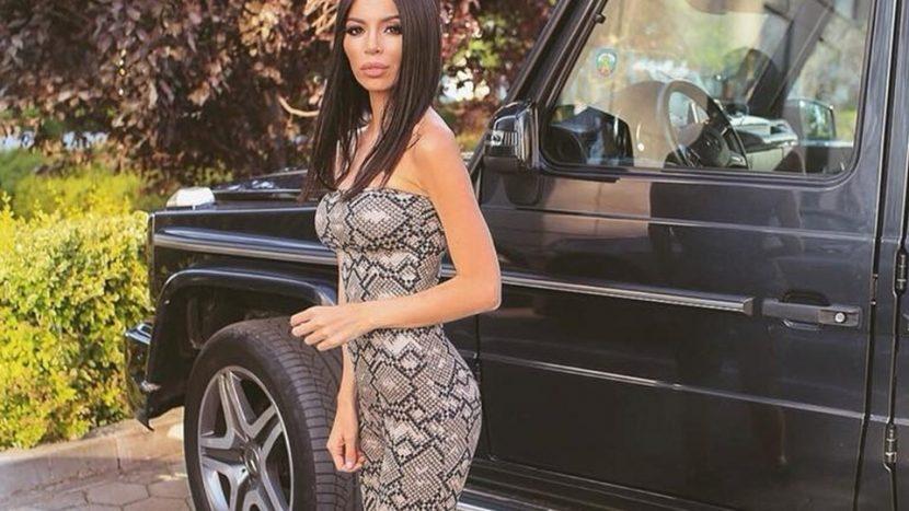 Мегз с нова кола, търси кой да й плаща вноските