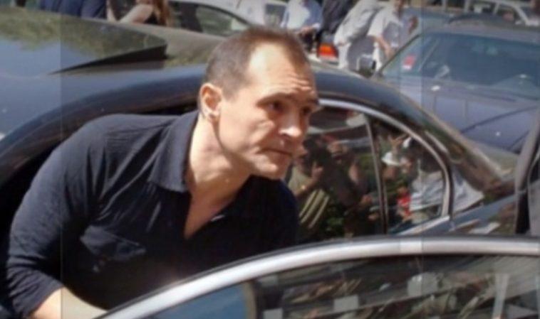 Васил Божков прехвърли акциите на ПФК Левски на Наско Сираков
