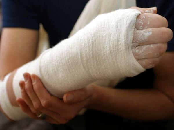 Счупиха ръката на руснак посред бял ден в курорт край Варна