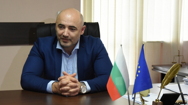 "Варненци оценяват кметът на район ""Владислав Варненчик"" Николай Костадинов"