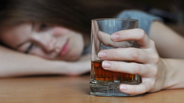 По време на епидемията, Варна с най-много натровени с алкохол и наркотици