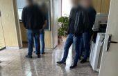 МВР показа кадри от задържането на разследващи полицаи с подкуп (видео)
