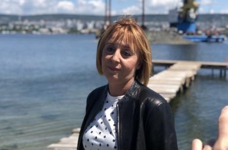 Мая Манолова: Борисов да отиде и да се изкъпе във Варненския залив
