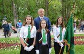Иван Портних поднесе цветя пред паметника на Христо Ботев