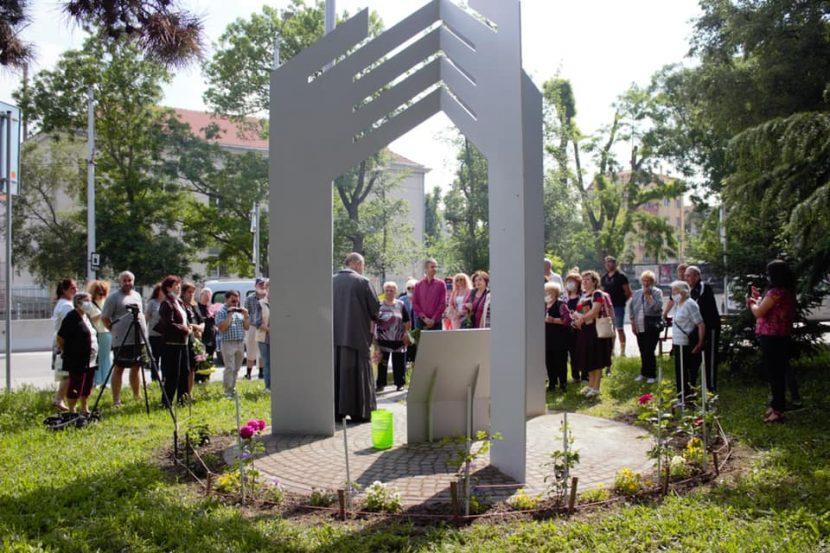 """В """"Аспарухово"""" почетоха паметта на загиналите в наводнението"""