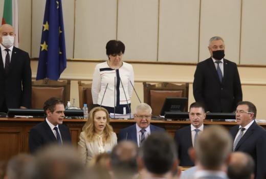НС прие рокадите в кабинета, новите министри се заклеха