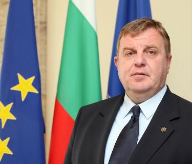 Министърът на отбраната, началникът на отбраната и посланици ще посетят утре Варна