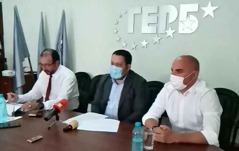 """ГЕРБ обвини """"Демократична България"""", че заблуждава обществеността на Варна"""