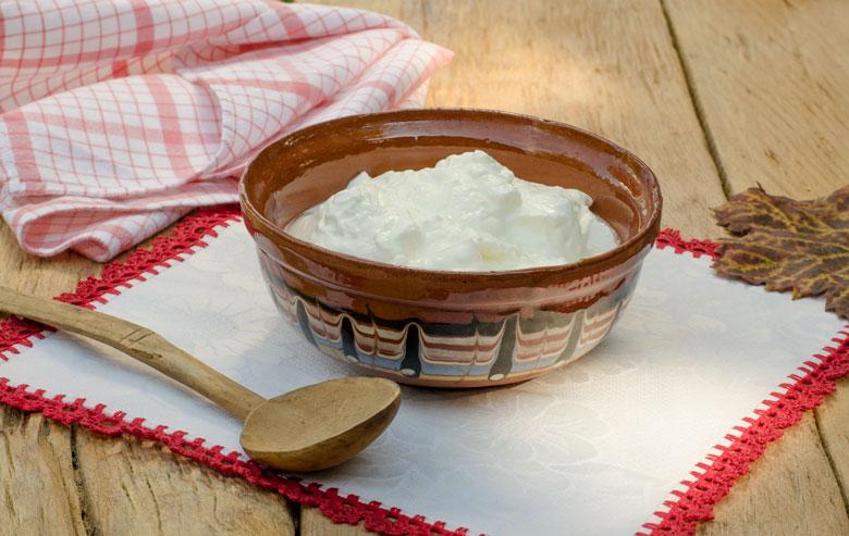 Киселото мляко е предпазило българите от коронавируса