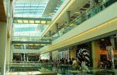 Спипаха две 15-годишни да крадат във варненски мол