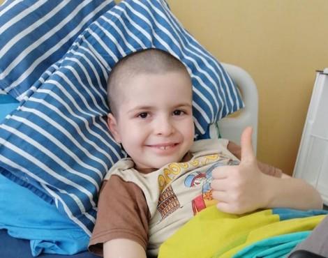 8-годишнo момченце от Варна се нуждае от спешна операция