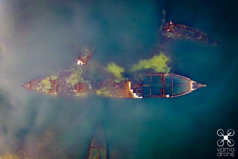 Потънал кораб във Варненското езеро