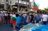 Протестиращи опънаха палатки и във Варна