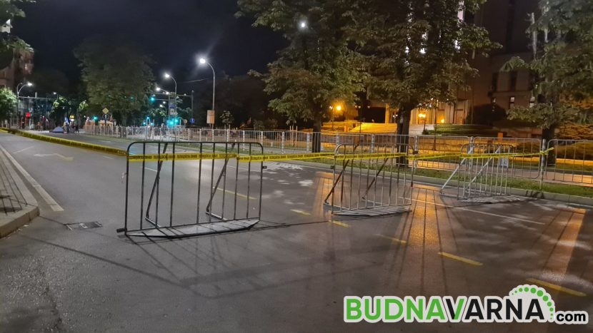 Варна осъмна блокирана (видео)