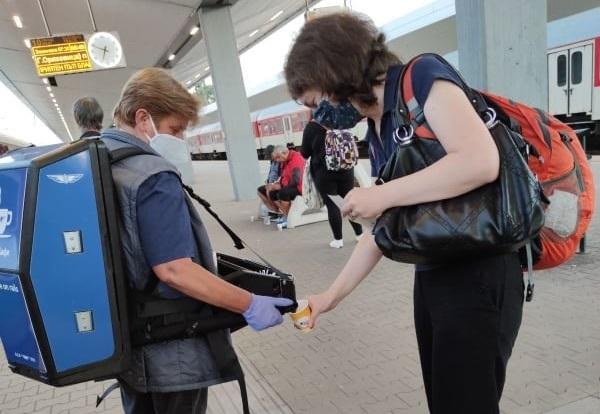 Безплатно кафе всички пътници за Варна и Бургас  предлага БДЖ