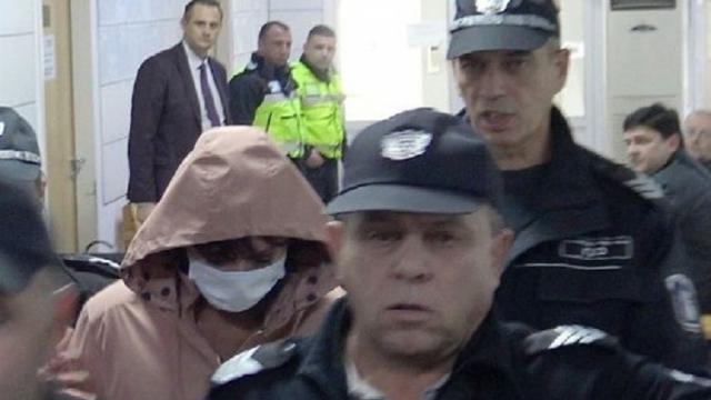 Сестрата от Варна, която тегли пари от карта на мъртвец, се размина с условна присъда
