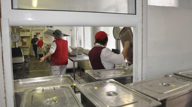 Масови проверки в училищните столове и бюфети във Варна