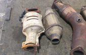 Спипаха крадец на катализатори от коли във Варна