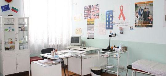 112 здравни кабинети са разкрити в училища и детски градини във Варна