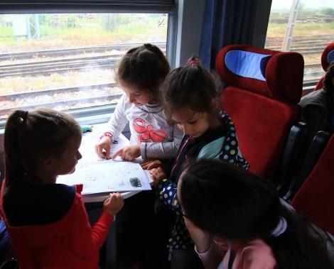 БДЖ с 50% намаления за ученици и студенти при пътуване с влак
