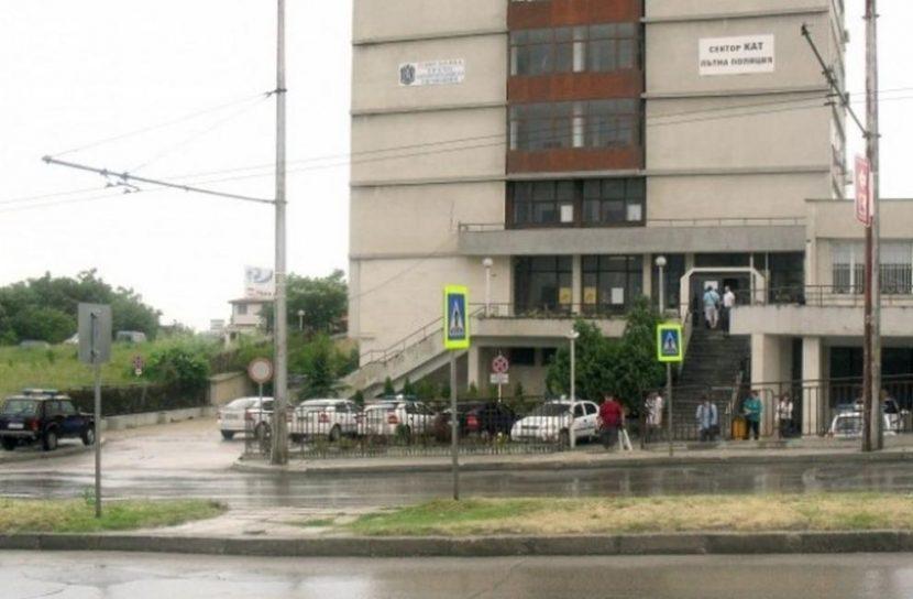 Възможно е забавяне при обслужването на гражданите на гишетата на КАТ – Варна