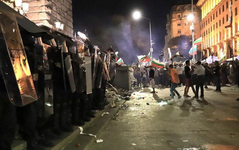 България в един глас: Бойко оставка!